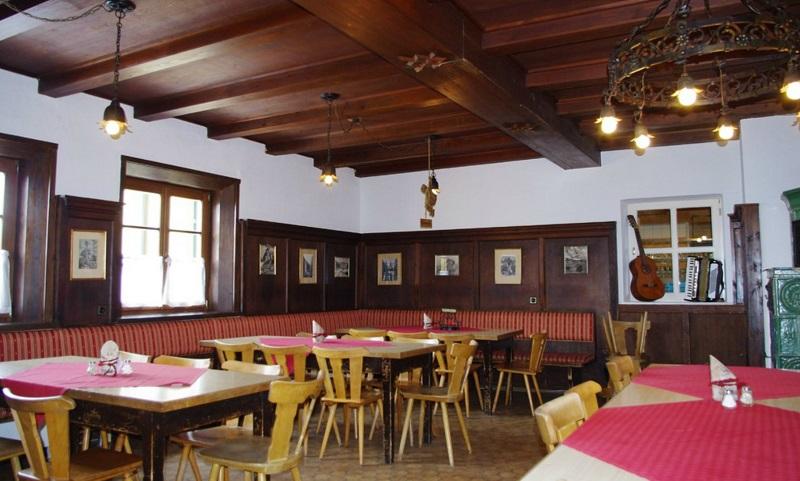 Gästeraum im Kreuzeckhaus